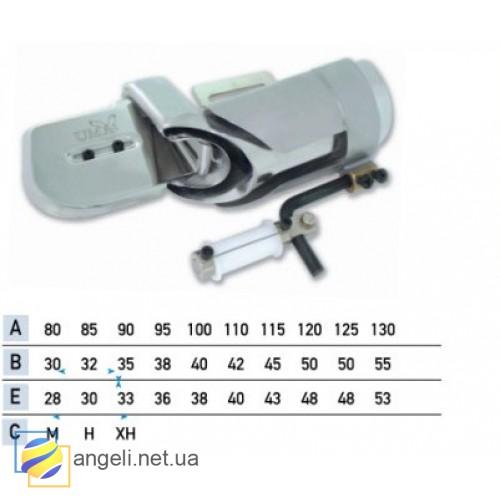 Приспособление для втачки цельнокроенного пояса в четыре сложения с одновременной втачкой резинки UMA-110-L