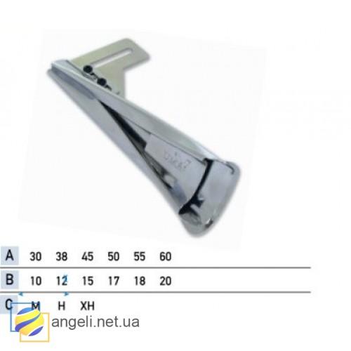Приспособление для изготовления шлевки внахлест с подгибкой одного среза UMA-127